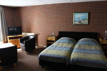 Motel Paradiso