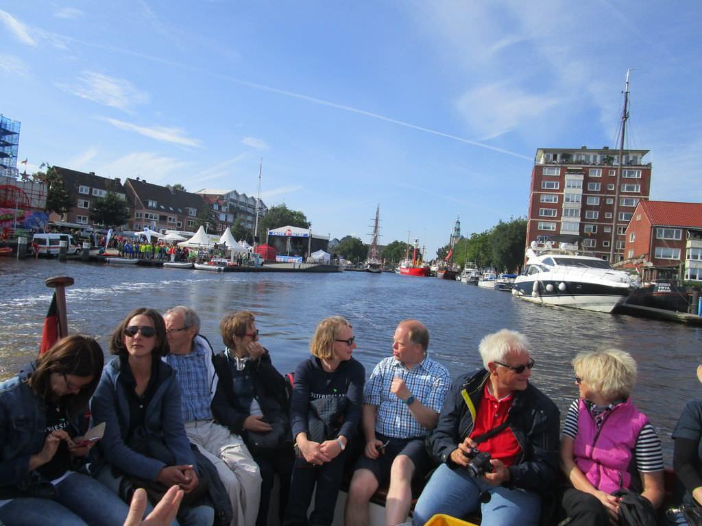 Grachtenfahrt in Emden