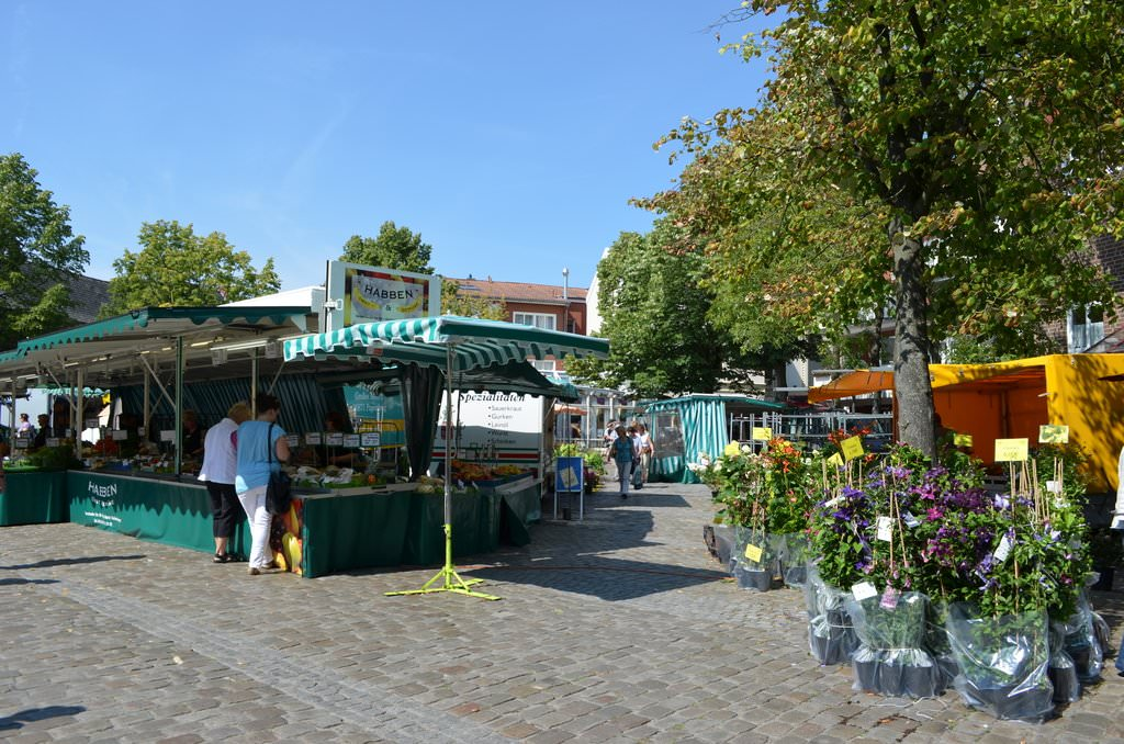 Wochenmarkt in Leer