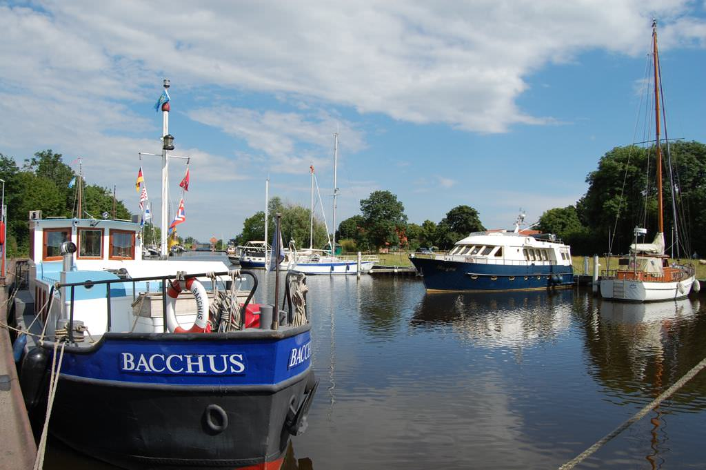 Jachthafen in Weener